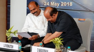 Associate Expert - Solar, COCENA and Director, Vesat Solar System, L R Venkatesh (L) in conversation with C Narasimhan.