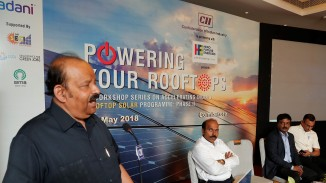 Fmr Member of Parliament; President, Indian Solar Association, and Chairman, Raasi Group, C Narasimhan addressing the session.